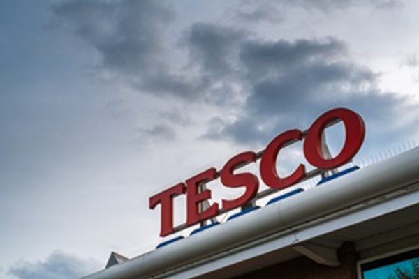 Tesco Bank cancels credit cards amid suspected fraud