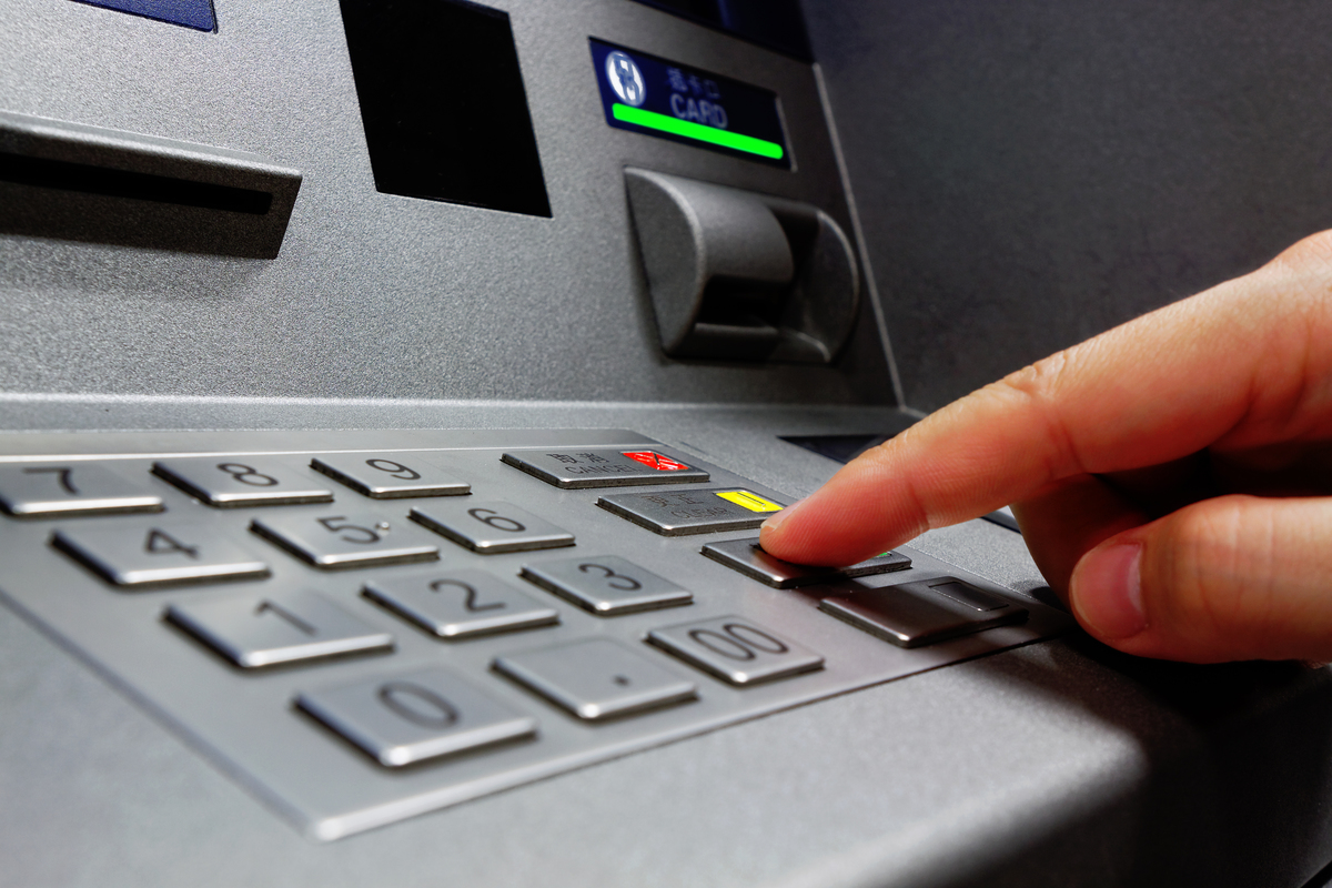 Poorest areas hit hardest by fall in free ATM numbers