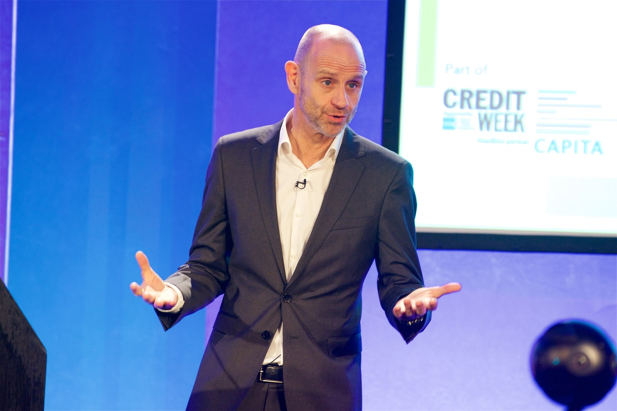 Evan Davis returns as Credit Summit chair