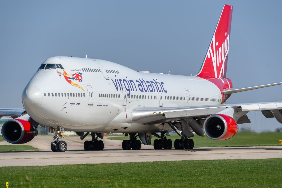 Virgin Atlantic staves off administration with £1.2bn funding deal