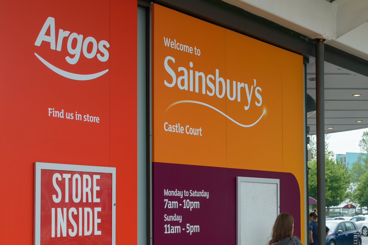 Sainsbury's boosts frontline workers' pay