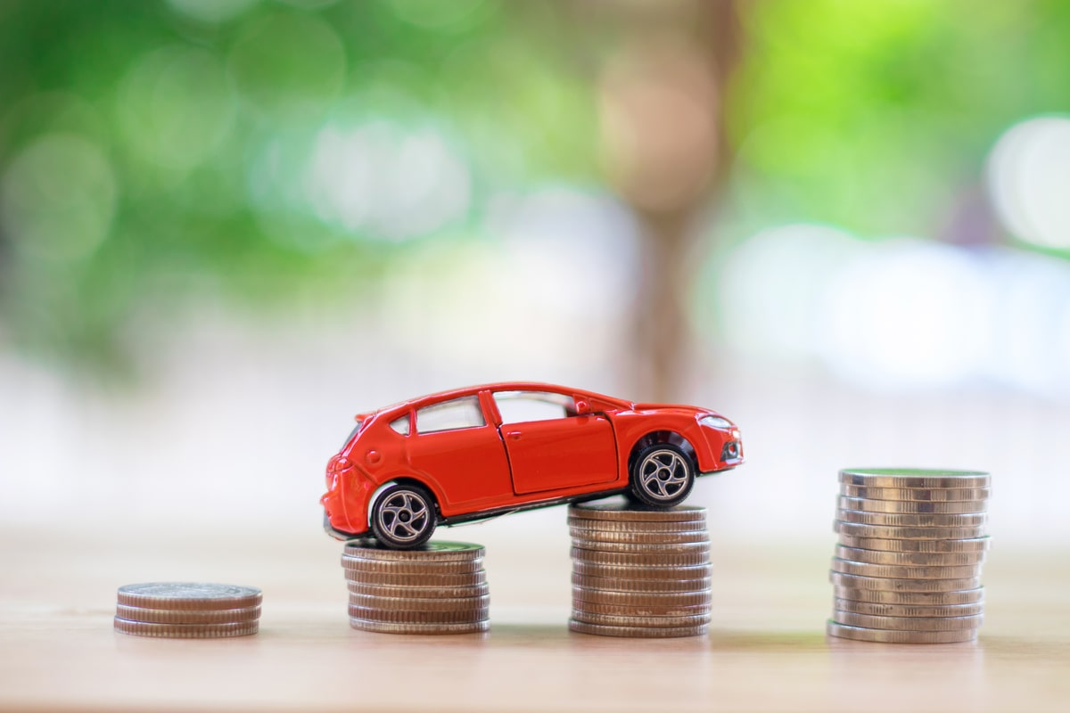 Consumer car finance new business grows by 10% in March