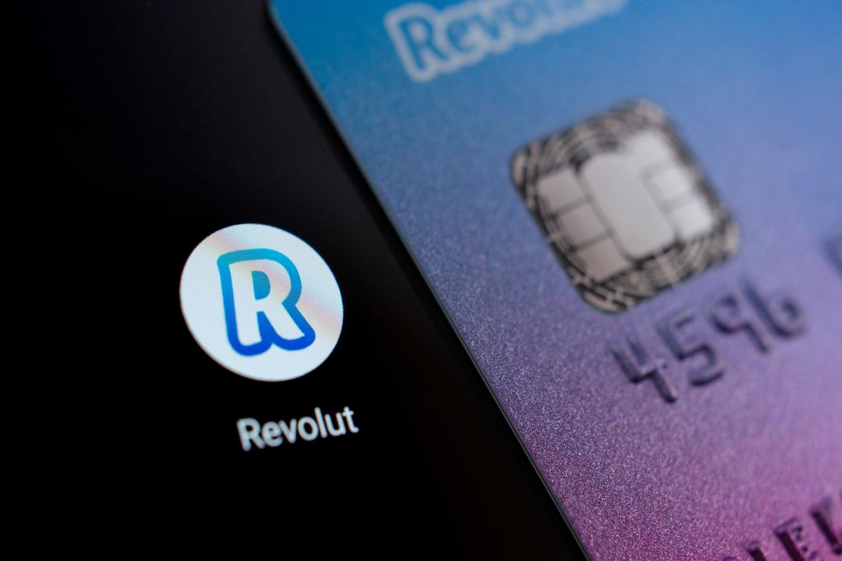 Revolut hits $33bn valuation
